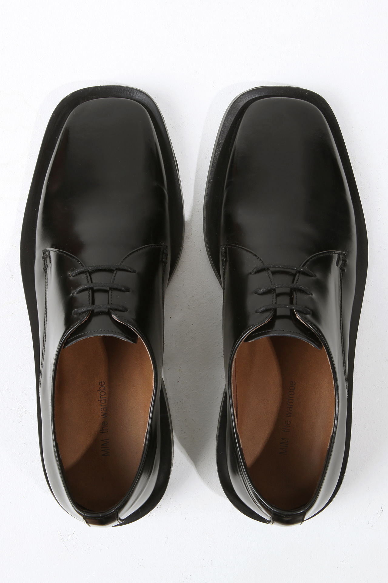 MINIMAL Leather Wide-Sole Derby Shoes